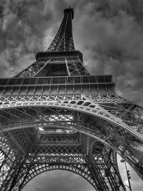 IPTV near surpassing DTT in France